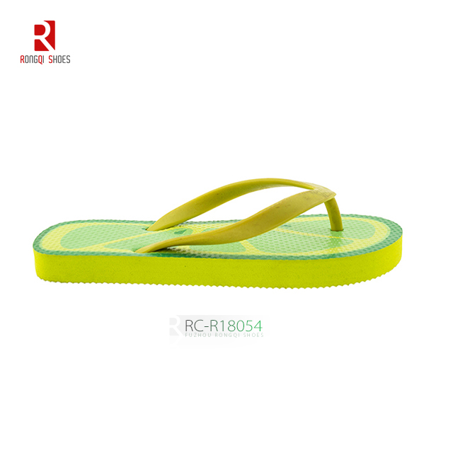 Rubber wholesale cheap children's flip flop