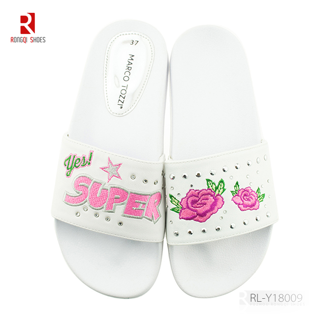 Embroidered summer shoes comfortable series outside wearing slider slippers