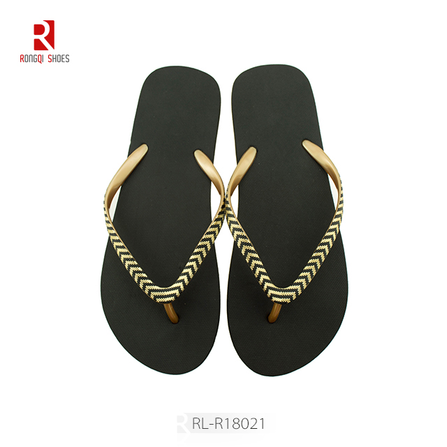 Wholesale indoor and outdoor women customized beach PE flip flops
