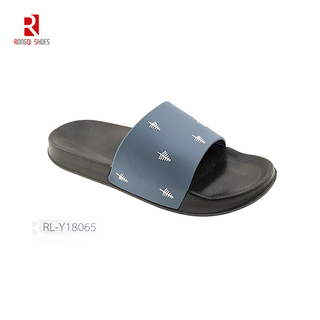 Wholesale Normcore style outdoor and indoor women EVA black slides print logo customized