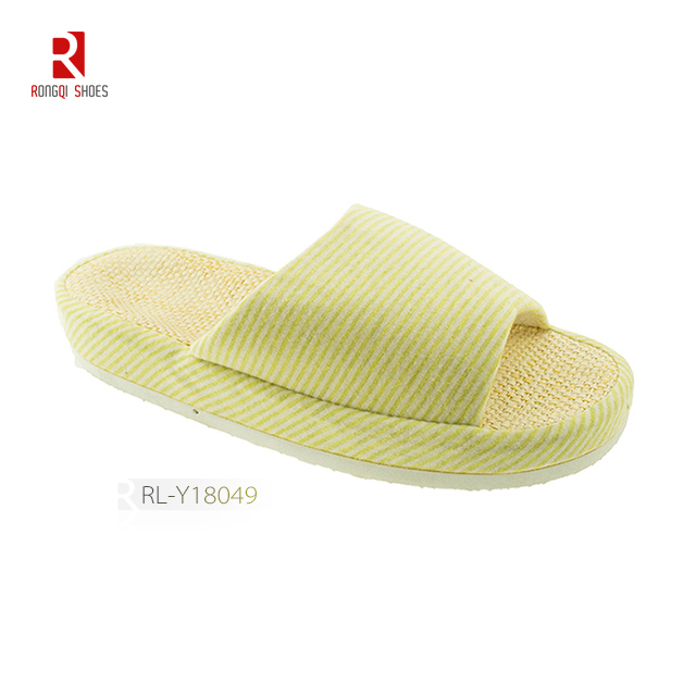 Wholesale fancy winter indoor unisex cotton slippers with logo and print customized