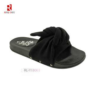 Wholesale Normcore style outdoor and indoor women EVA black slides with knot print logo